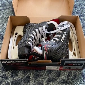 Bauer Vapor 350 Youth